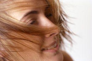 抜け毛が増える3つのNG習慣